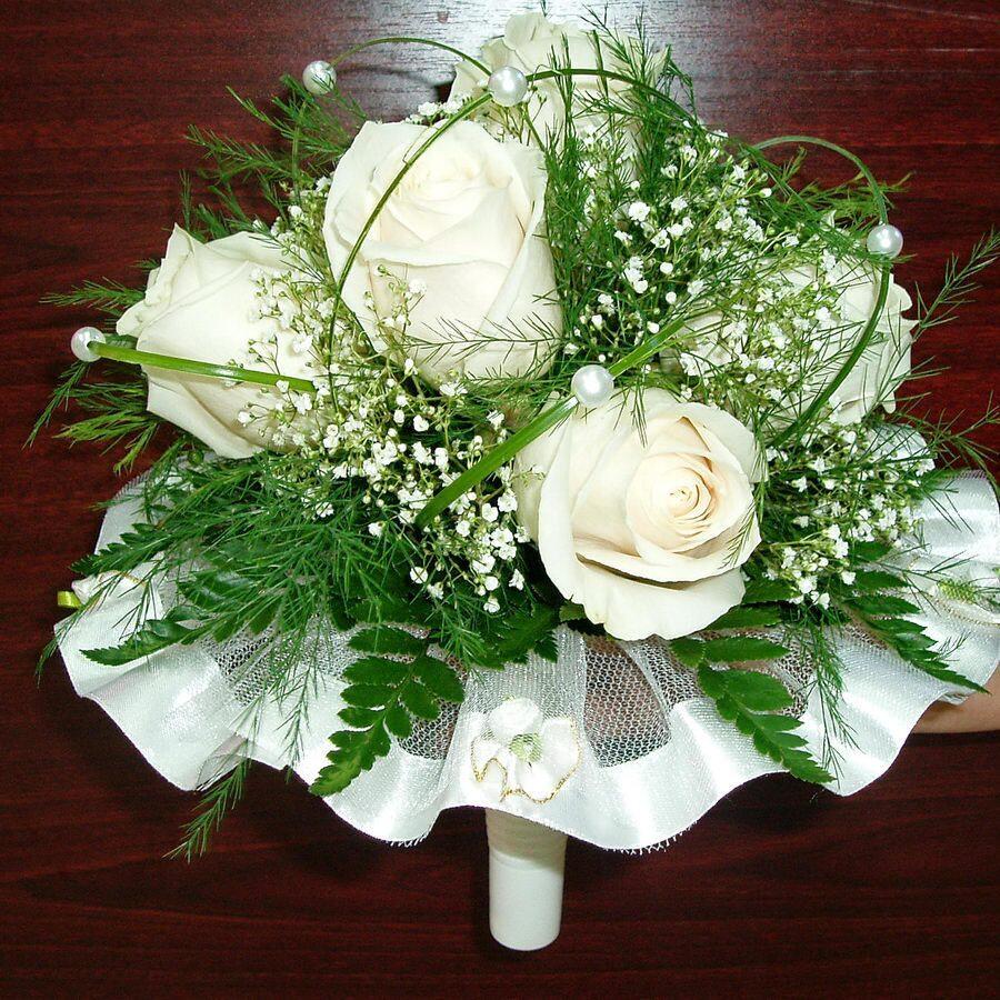 Букет невесты из белых роз артикул 030